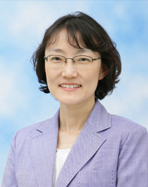 Photo of Sue Kim