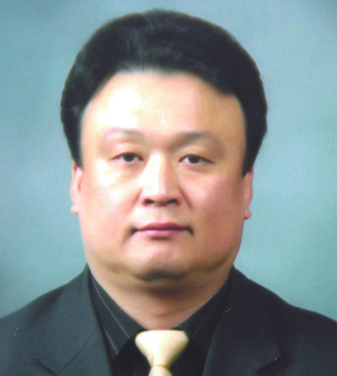Photo of Hakbae Lee